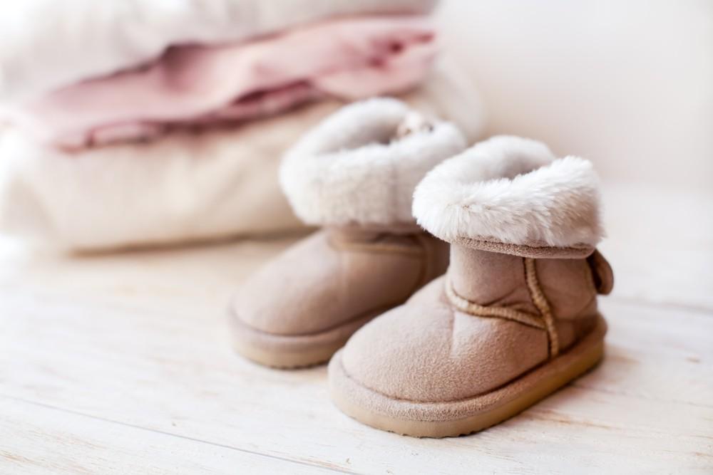 L'hiver est là, pensez aux indispensables pour protéger bébé du froid
