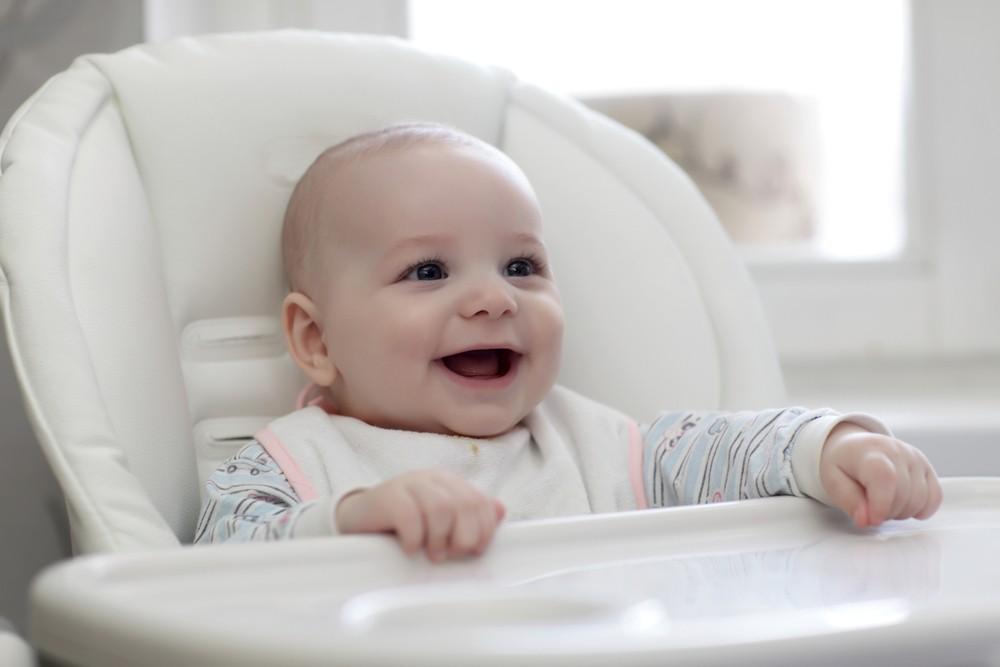 Bébé arrive à table : comment bien choisir sa chaise haute ?
