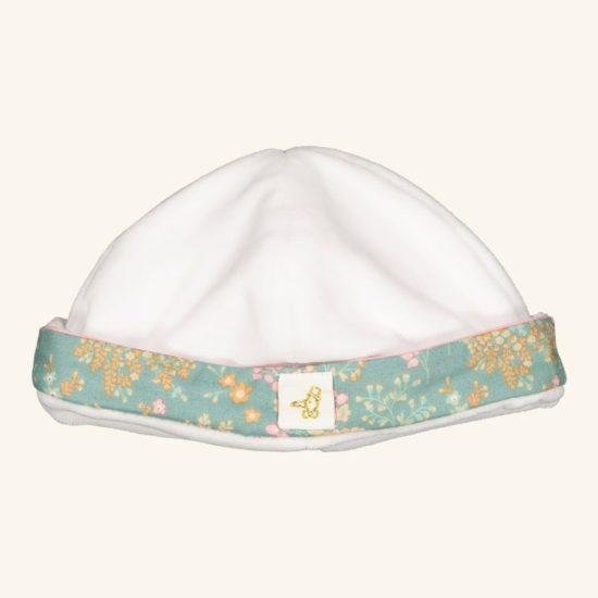 Un joli bonnet tout doux pour la maternité. On note le côté moelleux et douillet de ce petit bonnet