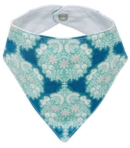Pour protéger les vêtements de bébé avec style dès la naissance